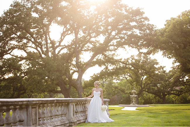 Kelly's Bridals | Julie Wilhite Photography | Austin Bridals | Outdoor Bridals | via juliewilhite.com
