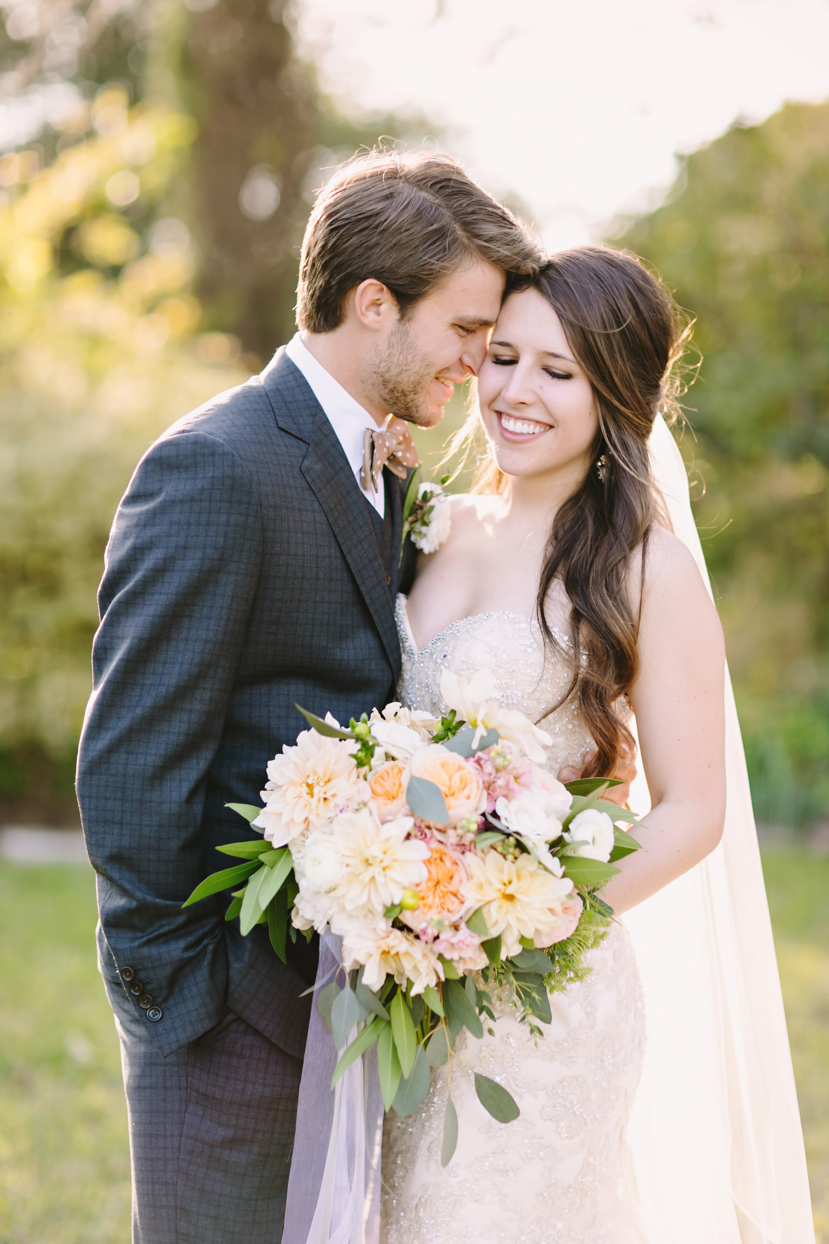 Brittany & Jeff's Wedding | Julie Wilhite Photography | Austin Barr Mansion Wedding | Winter Wedding | Flora Fetish Floral | via juliewilhite.com