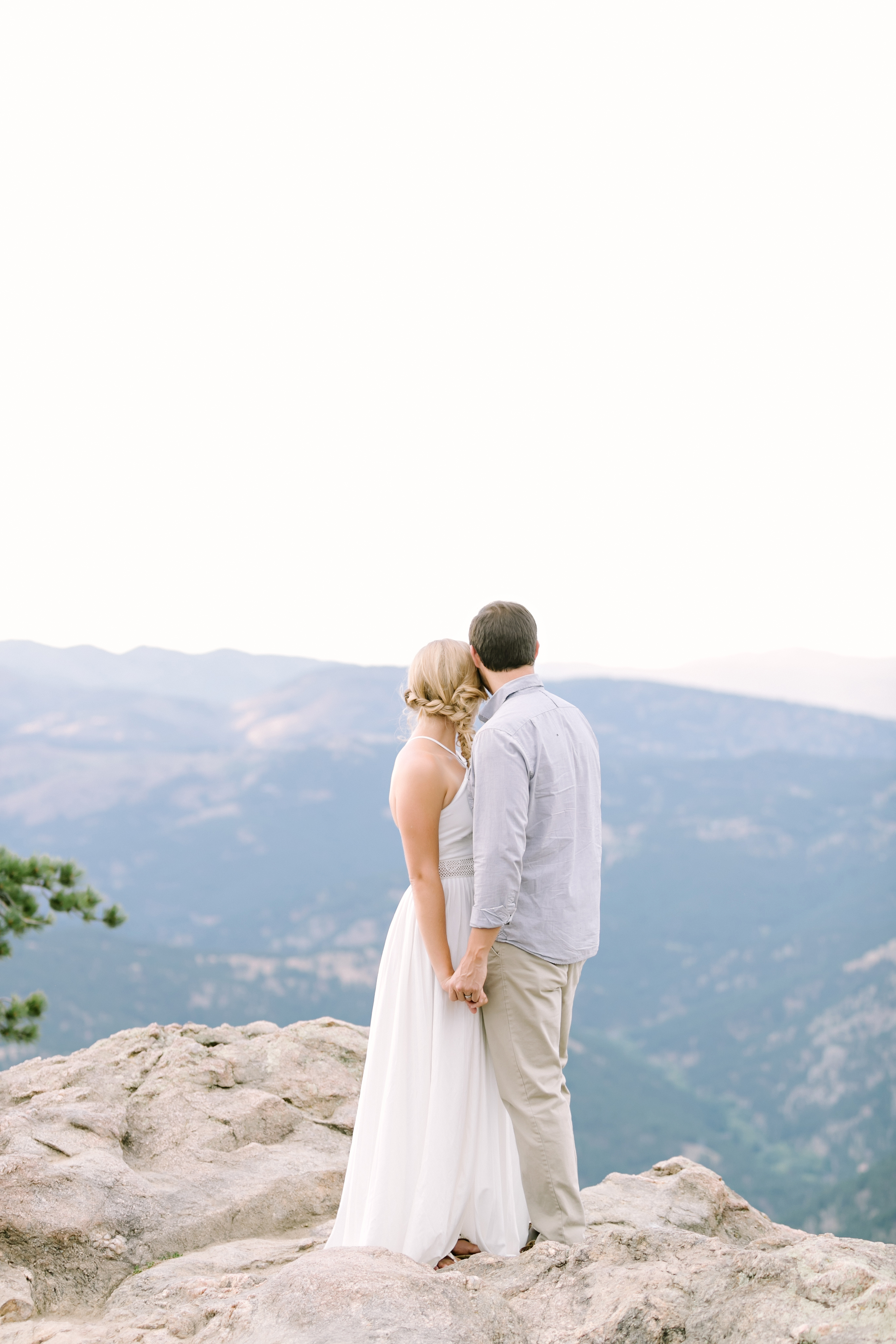 Meagan & Diego Portraits | Julie Wilhite Photography | Colorado Engagements | Mountain Portraits | Flat Irons | Chautauqua | Boulder Engagements | Outdoor Portraits | Mountain Engagements | via juliewilhite.com