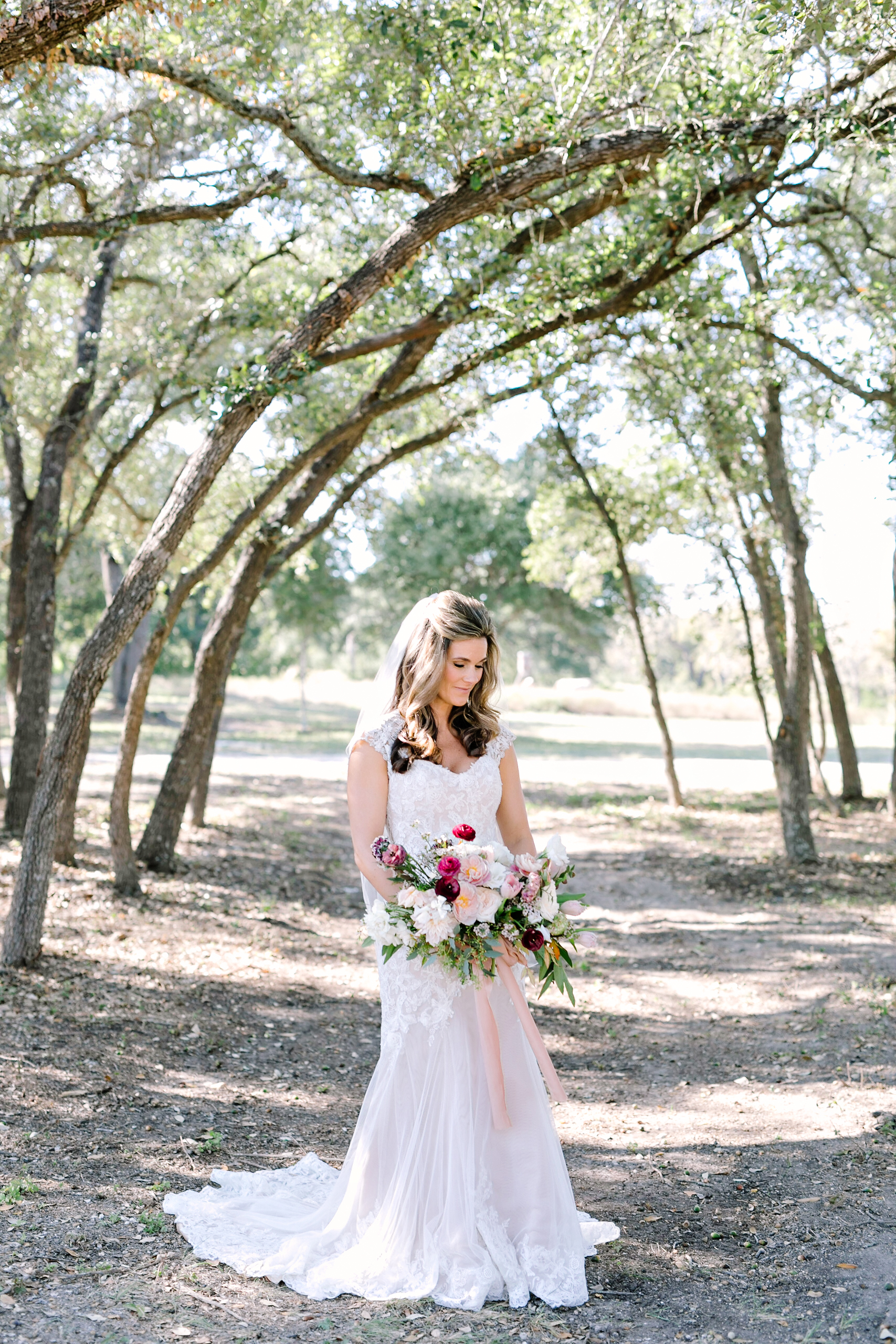 Jennifer & Tim's Wedding | Julie Wilhite Photography | Austin Wedding | Outdoor Wedding | via juliewilhite.com