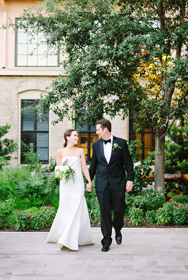 Nerea & Alan's Wedding | Julie Wilhite Photography | San Antonio Wedding | Outdoor Wedding | via juliewilhite.com