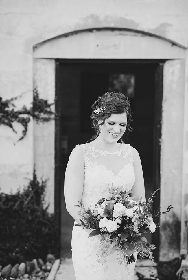 Rachel's Bridals | Julie Wilhite Photography | Austin Bridals | Outdoor Bridals | via juliewilhite.com