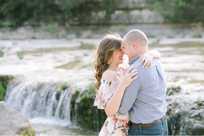 Jessica & Adam's Engagements | Julie Wilhite Photography | Austin Engagements | Outdoor Engagement | via juliewilhite.com